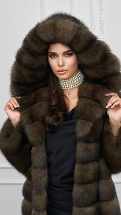 Fur Fashion, Womens Fashion, Sable Fur Coat, Fox Fur Jacket, Fur Hats, Fashion Guide, Furs, Mink, Coats For Women