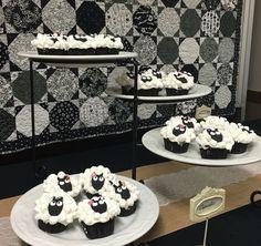 Sheep, lamb cupcakes