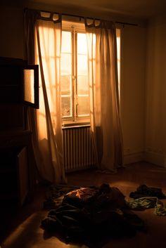 © Benoît Michaëly Samsung, Curtains, Home Decor, Art, Art Background, Blinds, Decoration Home, Room Decor, Kunst
