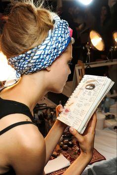 Muna's Coolture: Muna's Fashion Week Edition: PFW SS 2014  model on duty