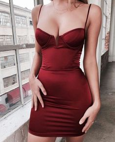 date night outfit Red Dress ❤️ Rotes, figurbetontes Kleid / figurbetontes Kleid / Bustierkleid-Outfit / ganz rotes Outfit-Inspirations- / Date-Night-Kleid Date Night Dresses, Night Outfits, Sexy Outfits, Dress Outfits, Cool Outfits, Fashion Dresses, Fashion Clothes, Fashion Belts, Summer Outfits