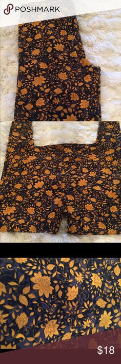 🍁NWT LULAROE Leggings Fall patterns comfortable It is the perfect leggings to wear sit by fire.  The brand is very soft and flexible✂️Fits size 6-14.             I am open to all offers BUNDLE & send me your offer😍 LuLaRoe Pants Leggings