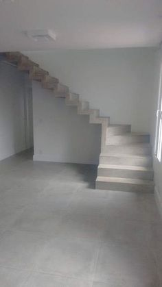 Concrete stairs interior house Ideas for 2019 Home Stairs Design, Interior Stairs, House Design, Stair Design, Flur Design, Beton Design, Concrete Staircase, Tiny House Stairs, Building Stairs