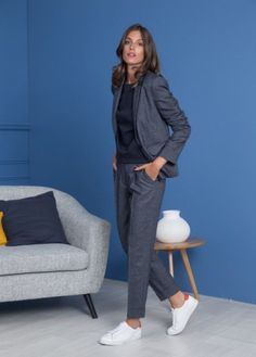 20 tendances de l'automne en 60 looks forts 20 fall trends in 60 strong looks - Casual Work Outfits, Business Casual Outfits, Mode Outfits, Work Casual, Business Fashion, Casual Chic, Work Fashion, Fashion Week, Womens Fashion