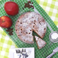 Appeltaart met appels, rozijnen en kaneel / applepie with apples, raisins and cinnamon - Het keukentje van Syts