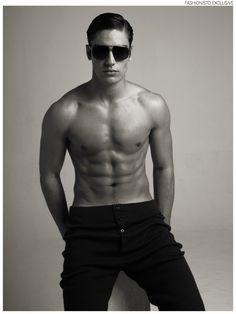 Ignacio wears trousers Sisley and sunglasses Dolce & Gabbana.