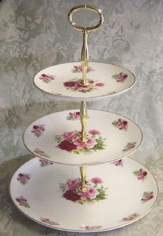 I must have this: Roses and teacups 3 tiered cake stand