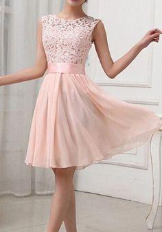 Hellrosa Spitze Hohle-heraus Mode AbschlussballKleider Brautjunferkleider Minikleid