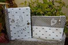 Conjunto de agenda y bolsita de aseo, love this matching book cover and makeup bag
