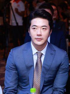 Kwon Sang Woo, Sister In Law, Health Club, Singing, Korea, Actors, Hot Actors, Gym, Actor