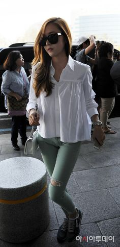 SNSD Jessica airport may 2014