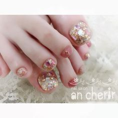 Nail art Christmas - the festive spirit on the nails. Over 70 creative ideas and tutorials Nail art Christmas - the festive spirit on the nails. Over 70 creative ideas and tutorials Pedicure Nail Art, Toe Nail Art, Feet Nails, My Nails, American Nails, Christmas Manicure, Halloween Nail Art, Toe Nail Designs, Nail Tutorials
