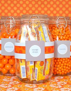 49 Trendy baby shower favors for guests mason jars candy buffet Mason Jar Candy, Mason Jars, Apothecary Jars, Boy Baby Shower Themes, Baby Shower Cakes, Baby Boy Shower, Baby Shower Favours For Guests, Party Guests, Trendy Baby