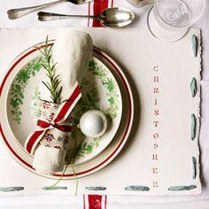 Make personalised Christmas paper place mats #diy #christmas