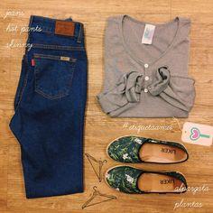 Por um caminho simples  #lojaamei #etiquetaamei #jeans #basico #alpargatas #confortavel