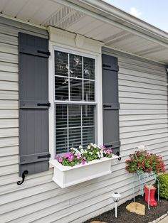board and batten shutters pictures – Yahoo Image Search Results Anyone can produce a home sweet property, even when the price range is tight. Cottage Shutters, Window Shutters Exterior, Outdoor Shutters, Farmhouse Shutters, Vinyl Shutters, Cottage Exterior, House Paint Exterior, Homes With Shutters, Home Depot Shutters