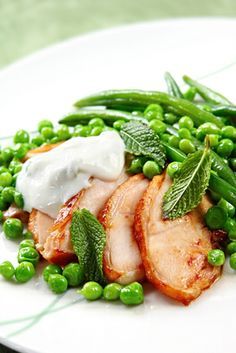 http://www.tinynewyorkkitchen.com/minted-fresh-peas-and-beans/