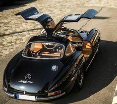 300SL Gullwing Travel In Style | #MichaelLouis - www.MichaelLouis.com