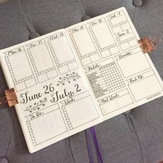 """767 Likes, 8 Comments - BuJo_Blossoms  (@bujo_blossoms) on Instagram: """"Keeping it simple this week - it's a busy one! Have a great week everybody  . . . . . . . . . .…"""""""