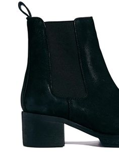 Image 2 ofASOS ROYAL Leather Chelsea Ankle Boots