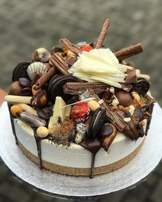 Toblerone, Weekday Meals, Drip Cakes, Cake Toppings, Lunch Time, Cheesecakes, Oreo, Panna Cotta, Cooking Recipes