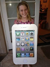 iPhone/Smart Phone Costume - A simple costume for the tech-savvy kid in your family.  Super Moms 360 has outlined some simple, easy Halloween costume ideas you can make at home.