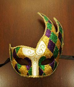 Mardi Gras Luna Mask