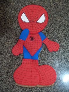 Isa Evarts: Molde de Heróis Felt Crafts, Paper Crafts, Felt Art, Pattern Art, Art Patterns, Paper Piecing, Smurfs, Christmas Diy, Spiderman