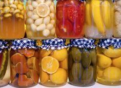 Recepty na domácí ovocný kompot | NejRecept.cz Pickles, Cucumber, Pickling, Cauliflower, Pickle
