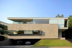 Casas em balanço - veja fachadas super contemporâneas e lindas!