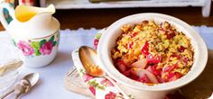 A warming bowl of crumbly pear and rhubarb deliciousness!