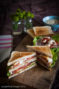 Club sandwiches should always be served differently to other sandwiches so they look more special, people ask for them and are happy to pay mare! This looks nice but is really simple.   Club sandwich by @simone en voiture en voiture en voiture Berg
