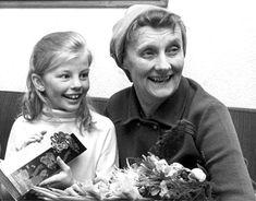 Pippi aka Inger Nilsson an Astrid Lindgren Paddy Kelly, Pippi Longstocking, Kool Kids, Child Smile, Cartoon Shows, Photo Black, Girl Humor, Vintage Photographs, Childhood Memories