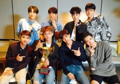 First win with Power on Show Champion Kpop Exo, Exo K, Kyungsoo, Park Chanyeol, Exo 2017, Luhan And Kris, Types Of Boyfriends, Exo Official, Ko Ko Bop