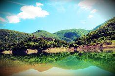 Vagli di Sotto and Vagli Lake.  pic by route324