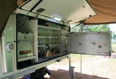 slide on campers - Google Search Camp Trailers, Custom Trailers, Camping Set Up, Camping Stuff, Ute Canopy, Slide In Camper, Canopies, Jeeps, Motorhome
