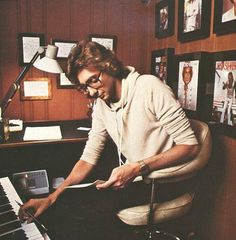 Barry Manilow at home.