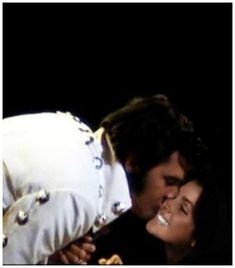 {*Elvis kissing Priscilla at his concert... she was sitting down the front by the stage ov course just like she always did just like all his family & friends how fantastic what a life *}