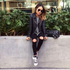 #ootd, all black everything, casual style