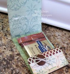 Using the Matchbook Fold to make Treat Favors.....great idea!