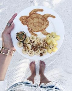 The moment serves you turtle pancakes for breakfast. Most people don't know how much I love turtles. I had three turtles as… I Love Food, Good Food, Yummy Food, Fast Food, Breakfast Pancakes, Food Inspiration, Cravings, Food Photography, Smoothies