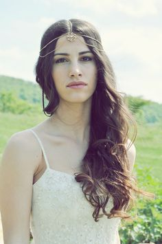 Bohemian Bride, Brides, Crown, Blog, Fashion, Moda, Corona, Fashion Styles, Wedding Bride