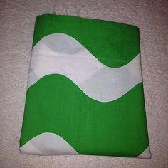 vintage 70s twin flat bed sheet green white waves fieldcrest mod retro percale