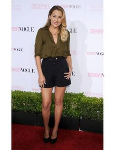 Lauren dressed up her shorts with Veronica Lake-worthy waves at Teen Vogue's Young Hollywood Party in 2010.