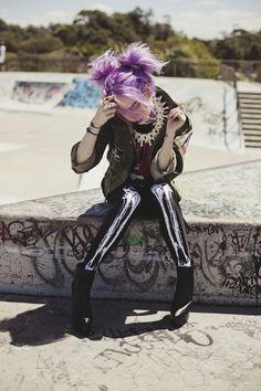 Tights Skull #NuGoth Mallones de huesos, Street Style Gothic Pinterest: @erikaevans5245