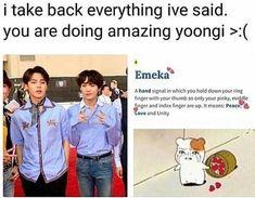 Everyone thought he was making gang signs, but yoongi managed to surprise everyone again Bts Boys, Bts Bangtan Boy, Jimin, Yoongi Bts, Seokjin, Hoseok, Namjoon, Taehyung, K Pop