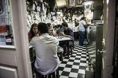 Restaurante Zé Manel dos Ossos. https://www.facebook.com/DowntownCoimbra/timeline