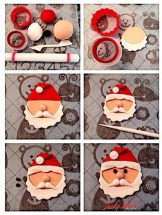 New cupcakes christmas fondant papa noel Ideas Christmas Cake Designs, Christmas Cake Topper, Christmas Cake Decorations, Fondant Decorations, Christmas Sweets, Christmas Cooking, Christmas Goodies, Christmas 2019, Vegan Christmas