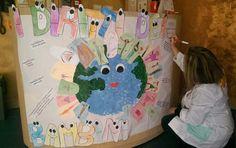 20 novembre 2014 25° anniversario Giornata Internazionale dei diritti dell'Infanzia  In foto, i cartelloni realizzati dai bambini e dalle insegnanti del Leader Baby, nella sede di Piazzale del Fante e in quella di Via M. La Rosa.