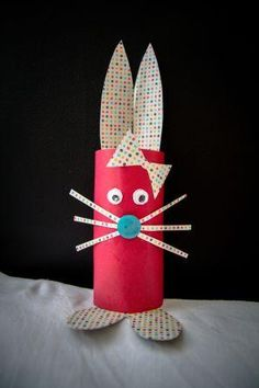 J'ai fait un lapin avec un rouleau de papier toilette